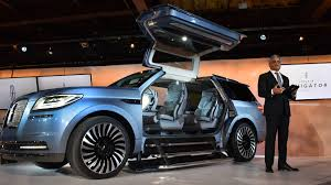 2018 lincoln small suv. simple small photo 2018 lincoln navigator concept debuts at new york auto show photo 2   throughout lincoln small suv