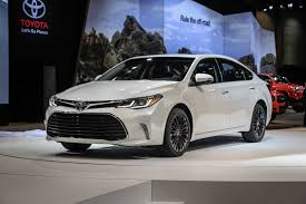 2017 TOYOTA AVALON HYBRID CHANGES AND RELEASE DATE - YouTube