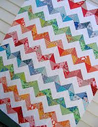 Red Pepper Quilts: Zig Zag Quilt & For more Zig Zag Quilts and great inspiration check out the newly formed Zig  Zag Quilt Flickr group. Adamdwight.com