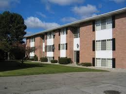 3139/3141 DAVENPORT, SAGINAW, MICHIGAN. One/two Bedroom Apartments.