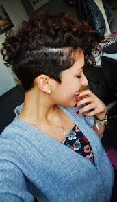 very short curly hairstyles 7