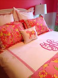 lilly pulitzer duvet covers lilly pulitzer inspired bedroom for sg the monogram especially cute lilly pulitzer