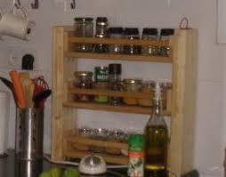3-tiered BEKVM spice rack