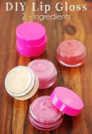 diy lip gloss with only two ings