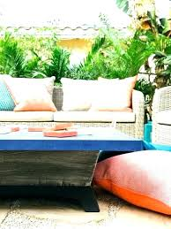 how to clean patio cushions cleaning patio furniture how do you clean outdoor furniture cushions the