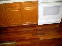 Dark Laminate Flooring In Kitchen Oak Cabinets And Laminate Flooring Had A Lam Floor Claussen Or