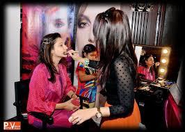 jobs in dubai 2016 beauty makeup and glamour by dubai artist reshu malhotra at diwali bazaar