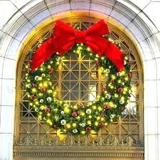 led wreath outdoor large lighted wreath outdoor off extra best pre lit outdoor wreaths