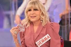 St gemma galgani pictures and photos. Uomini E Donne Anticipazioni Gemma Galgani E Maurizio Hanno Fatto L Amore
