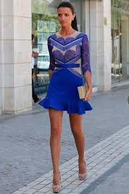 ... Jessica Alba in a long, cobalt blue dress by Versace britelek