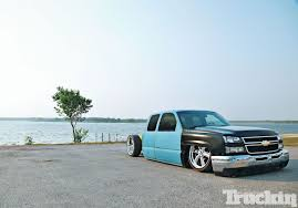 Busted Knuckles - 2003 Chevy Silverado Photo & Image Gallery