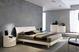 Immagini Di Camere Da Letto Moderne : Camera con letto comò e comodini napol arredamenti