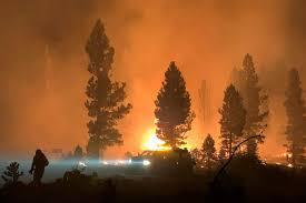 Bootleg Fire: Oregon wildfire burns ...