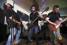 Everett's biggest little spot for music is Black Lab Gallery | HeraldNet.com