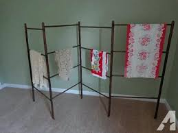 Quilt Stands For Display Mesmerizing Quilt Racks At Display Rack Wall Hanger Roblonardoco