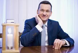 To jest przerobiony creeper z minecraft, który wygląda jak premier polski mateusz morawiecki. Poland Appoints Ex Banker With Jewish Roots As Prime Minister Jewish News