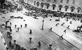 urss - Centenario de la revolución de Octubre 1917 en Rusia. Images?q=tbn:ANd9GcQPfe-Kc23pnuTmtqMrQqQoPS5k53Rr0NMiX_4s9RbxLxiR1Anp
