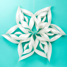 paper snowflakes 3d giant 3d paper snowflakes with the cricut hey lets make stuff