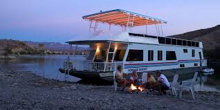 Small Picture 10 Reasons to Live on a Houseboat Reliable Remodeler
