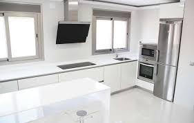 Cocinas Modernas Blancas Encantador Cocinas Rojas Y Blancas Una Cocina  Blanca Y Roja Soluciones