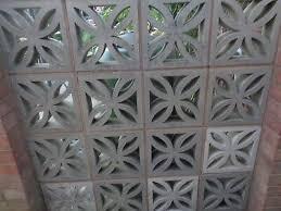 16 decorative concrete blocks for