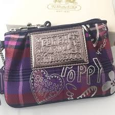 ... authentic coach poppy wristlet brand new and never used comes with the  original box thats Red Coach Bag ...