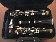 yamaha clarinet. clarinet yamaha 250 6c great condition, black case, cleaning cloth inc