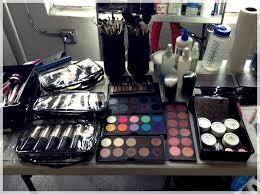 makeup artist kit necessities