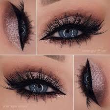 rose gold metallic eye makeup for blue eyes