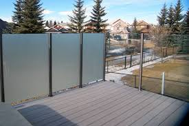 windbreaks can also serve as privacy glass