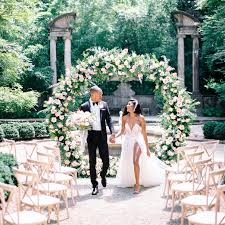 Stunning Wedding Arch And Arbor Ideas Sorry Diy The Thesorrygirls Decor Drapes Wood Photobooth Photoshoot Summer Flower Girls Floral Wall Archway Affordable