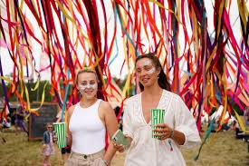 Latitude Festival: 40.000 feiern trotz Corona