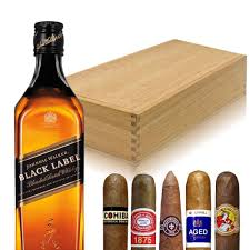 johnnie walker black gift set with cigars engravable
