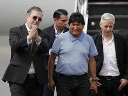 Resultado de imagem para Evo Morales chegou ao México quase como herói