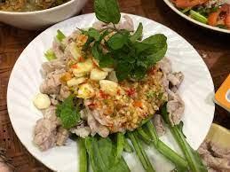 สูตร หมูมะนาวคะน้ากรอบ พร้อมวิธีทำโดย Chothip Saendee - Wongnai Cooking
