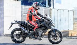 2018 ktm adventure r.  2018 ktm 790 duke 2018 spied testing in productionspec avatar throughout ktm adventure r
