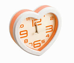 NOVICZ Heart Shape Analog Alarm Clock Bedside Desk Alarm Clock Bedroom Kids  Room Timepiece Table Clock