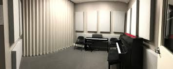 soundproofing office space. HOW TO SOUNDPROOF A MUSIC STUDIO IN ORDER HAVE MULTIPLE CLASSES TAKE PLACE SIMULTANEOUSLY The Little School Of Music In Valencia, CA Was Having Trouble Soundproofing Office Space O