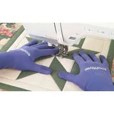 Free Motion Gloves - Totally Stitchin & When free motion quilt I prefer to wear quilting gloves. I wish they were  magic gloves that made my free motion perfect, but they're not. Adamdwight.com