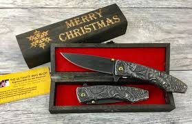 Pocket Knife With Wolf Design Cool Christmas Gift Idea Wolf Design Pocket Knife With Engraved Gift Box Stonewash Color Spring Assisted Opening Cool And Unique