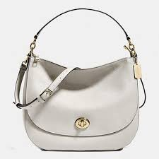 Coach Turnlock Hobo In Pebble Leather Light Gold White