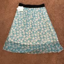 Lola Skirt Size Chart Nwt Lularoe Lola Skirt Nwt