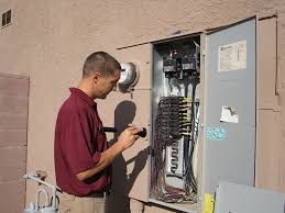 inspection photos first step home inspectors how to tell if a house fuse is blown at How To Ionspect Fuse Box