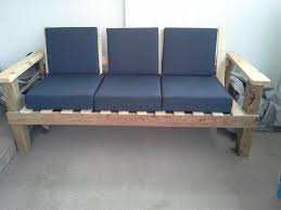 Comfortable Outdoor Couch: 5 Steps (with Pictures)