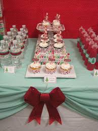 christmas banquet table centerpieces. Table Decorations For Parties+red | Red White Striped Candles Decorating Ideas, Christmas Party Banquet Centerpieces I