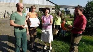 <b>...</b> producteurs à l&#39;origine de la création d&#39;Agrobio, avec <b>Delphine</b> De <b>Loof</b>, <b>...</b> - un-panier-de-legumes-bio-100-pays-de-liffre