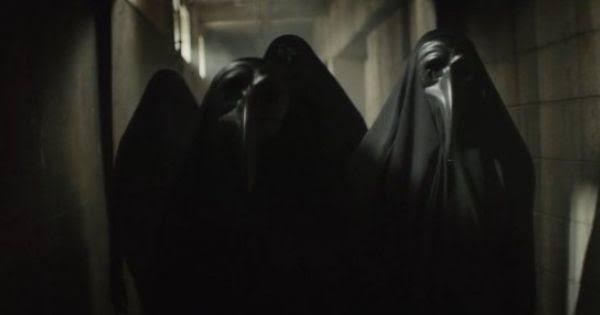 images?q=tbn:ANd9GcQPumFUQHjY XZ5Rx1IOmt0aT8RU CFsV An0OhD5LU1amM0WPs - Sejarah Topeng Plague Doctor Yang Jadi Atribut Bring Me The Horizon Hingga Tokyo Ghoul