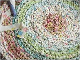 how to make a braided rug braided rug tutorial cute rag rug with old sheets or how to make a braided rug