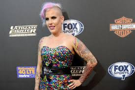 tweet of the day bec rawlings nude take on new age feminism jayne kamin oncea usa today sports