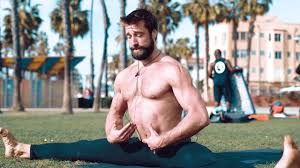 10 Minute Travel Workout with the Align Method | Aaron Alexander on Vimeo